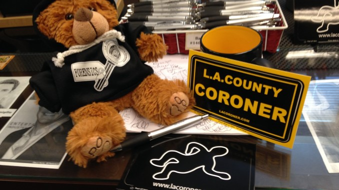 LA CORONER'S GIFT SHOP: Slanging Dead Bodies and Beach