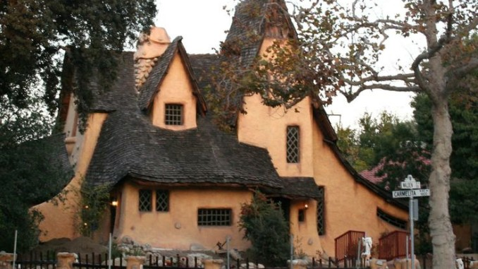 Witch house beverly hills house plan 2017 for Witches cottage house plans